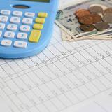 一人暮らしの費用を計算するポイント4つ。内訳や引越料金相場一覧も!