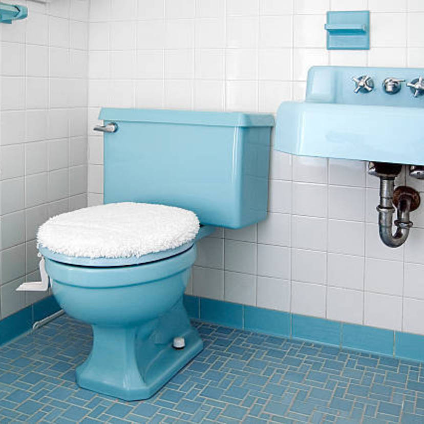 トイレにこびりついた尿石をスッキリ落とす6つの掃除方法【プロ監修】