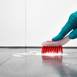 お風呂の床の黒ずみを取る9つの方法。重曹とクエン酸で取れる?