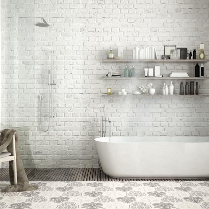 浴室タイルの掃除方法5つ。お風呂の床や壁の黒ずみが落ちる!【プロ監修】