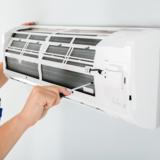エアコン掃除のやり方8ステップ!自分で簡単にできる!道具や頻度は?