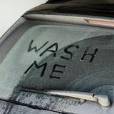 車のフロントガラス・サイドガラスの水垢・ウロコの掃除・落とし方8選