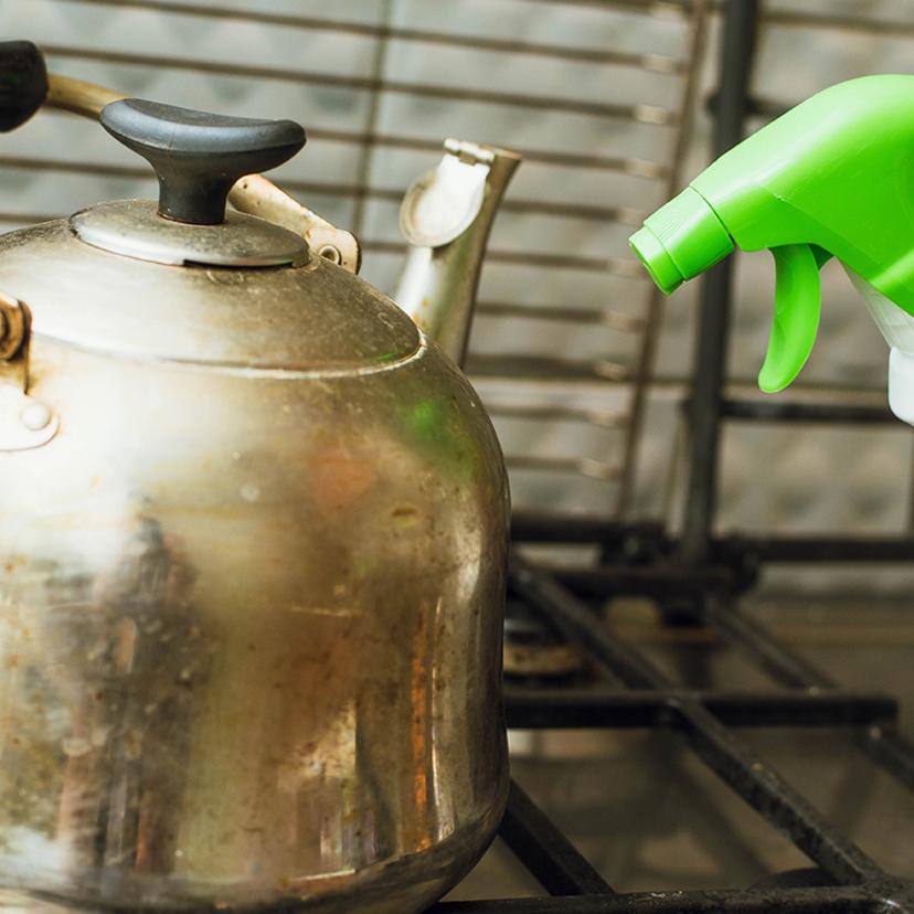やかんの掃除方法4個!内側・外側・黒ずみ・カルキ・油汚れ・焦げ