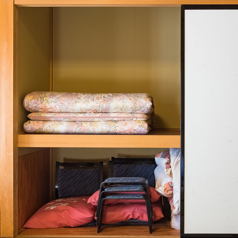 布団の収納方法おすすめアイディア25選!押し入れ・クローゼット・縦置き