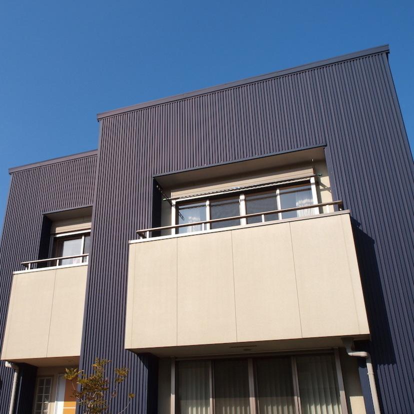 ガルバリウム鋼板に外壁リフォームする価格やメンテナンス方法など【プロ監修】